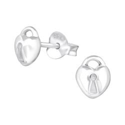 Sydäntä nappikorvakorut  hopeaa