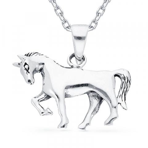 Hieno hevosia riipus  hopeaa