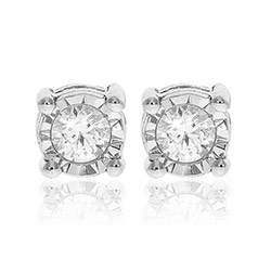 Kauniita timantti nappikorvakorut 14 karaatin valkokultaa kanssa timanttia