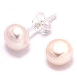 7-7,5 mm pyöreitä valkoinen helmi nappikorvakorut  hopeaa