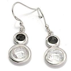 Pyöreitä korvarenkaat  hopeaa