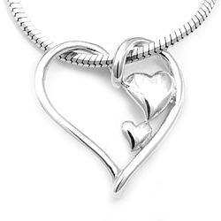 Upea sydän riipus  hopeaa